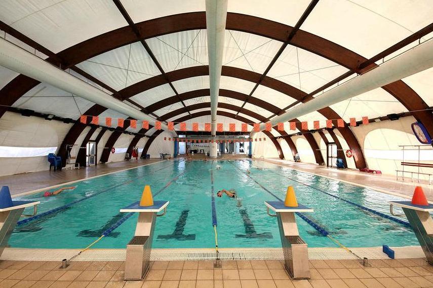 piscina Tonic